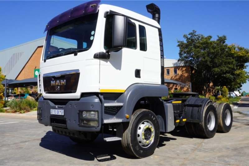MAN Truck 33 440BBSA 6x4 Horse 2011