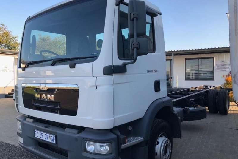 MAN Truck Chassis cab 2017 MAN 15 240 Chassis Cab 2017
