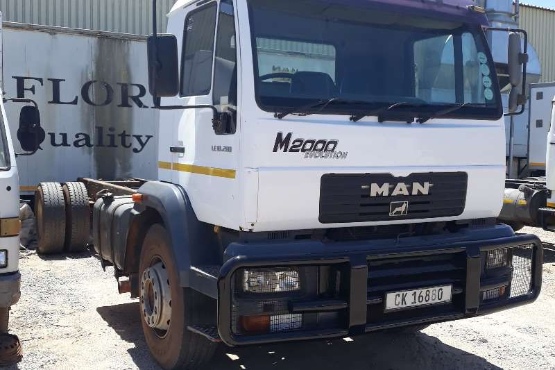 MAN Truck Chassis cab LE18.280 2006