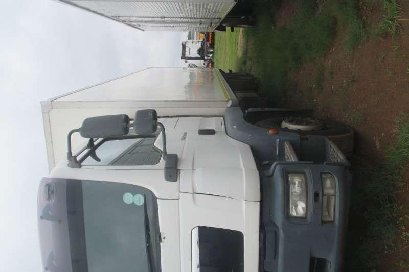 MAN Truck Closed body MAN TGM 25.280 Closed Body T/LIFT 2010
