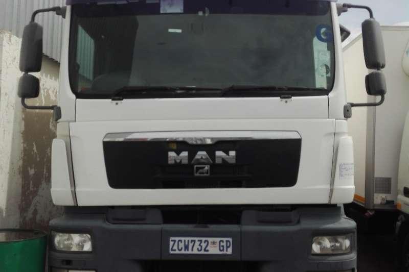MAN Truck Closed body MAN TGS 25.280 16T Closed Body 2009