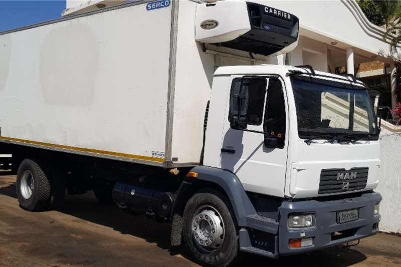 MAN Truck Fridge truck CLA 15.220 2009