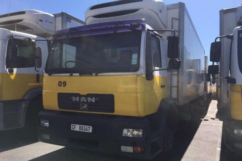 MAN Truck Fridge truck M2000 15 224 2005