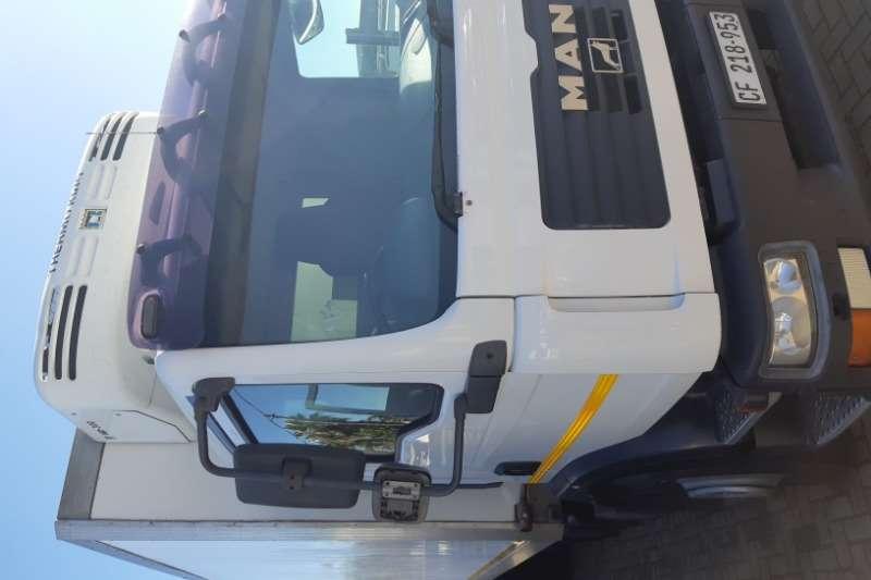 MAN Truck Fridge truck TGM 15.240 2008