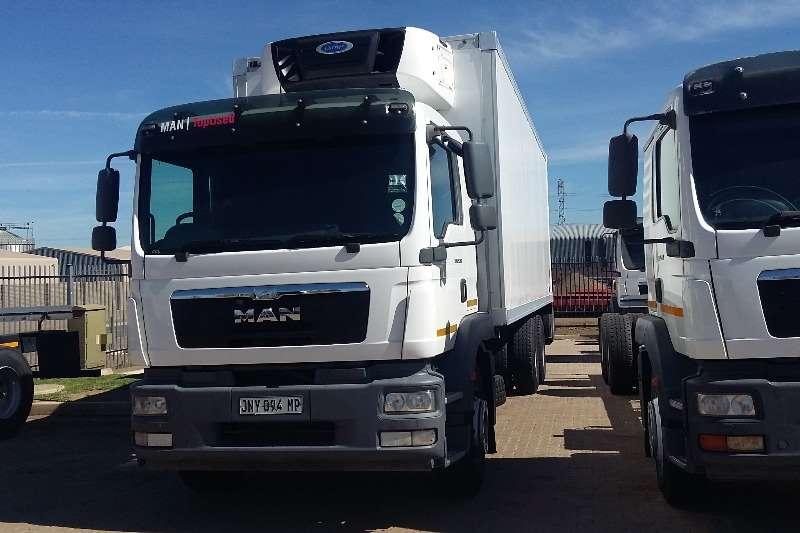 MAN Truck Insulated fridge unit TGM 25 280 with Fridge unit 2014