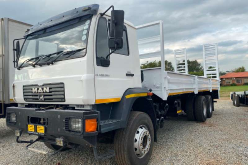 MAN Truck Lowbed MAN CLA 26.280 6x4 36000 KMS dropside 2014