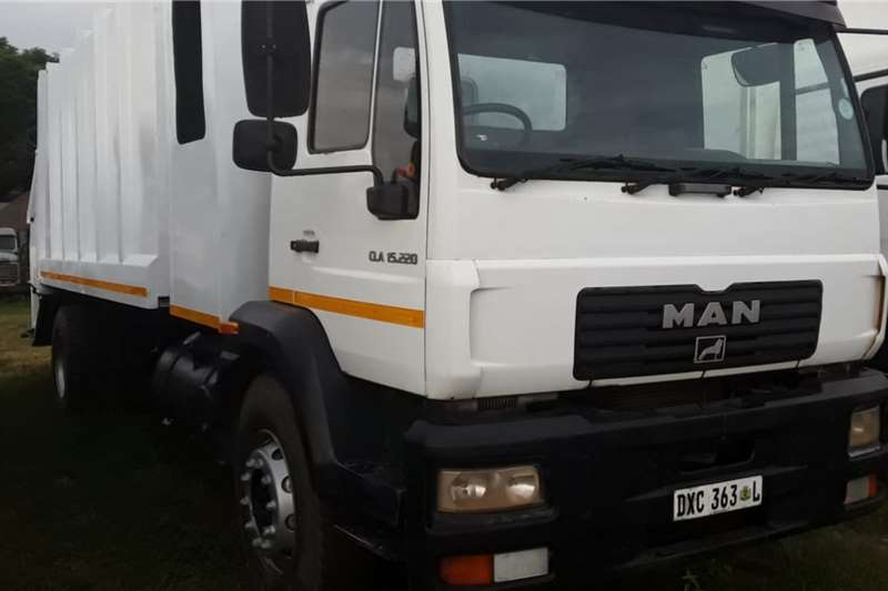 MAN Truck MAN compactor 2010