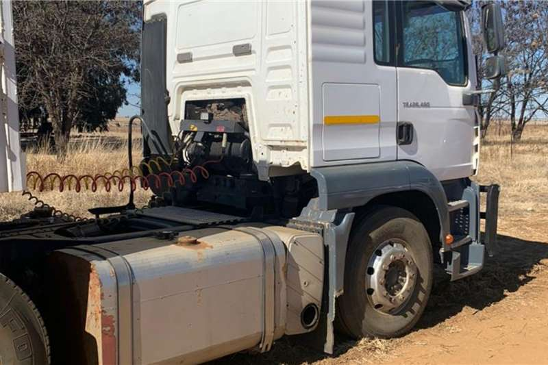 MAN MAN TGA 26 480 Voorhakker Truck