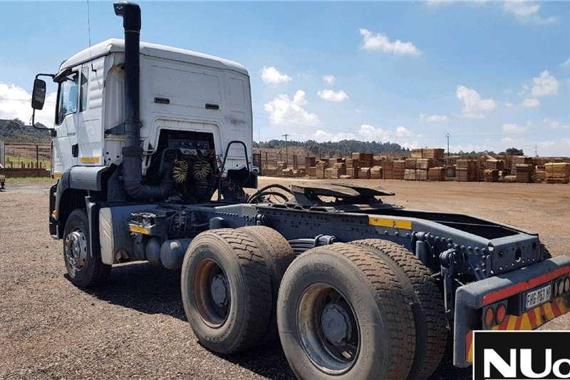 MAN MAN TGA33.400 D20 COMMON RAIL 6X4 HORSE Truck