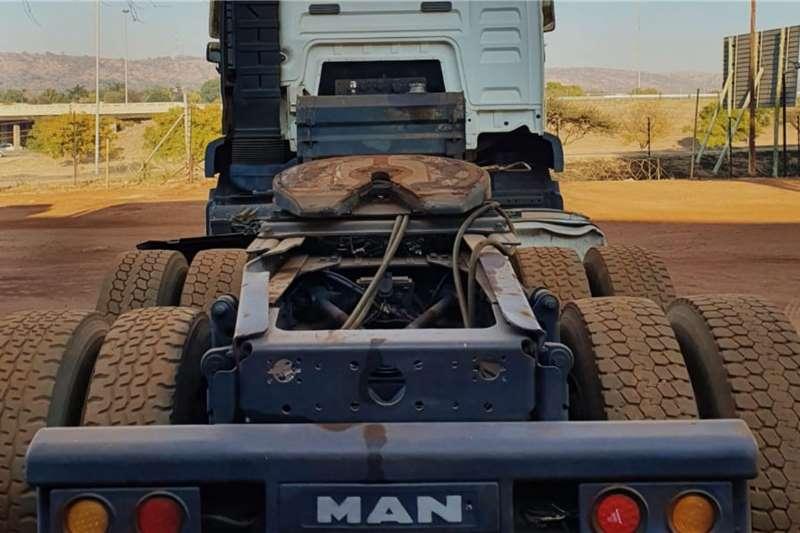 MAN TGA 33 480 Truck