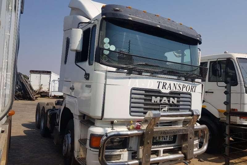 MAN Truck Tipping body 30 464 2002