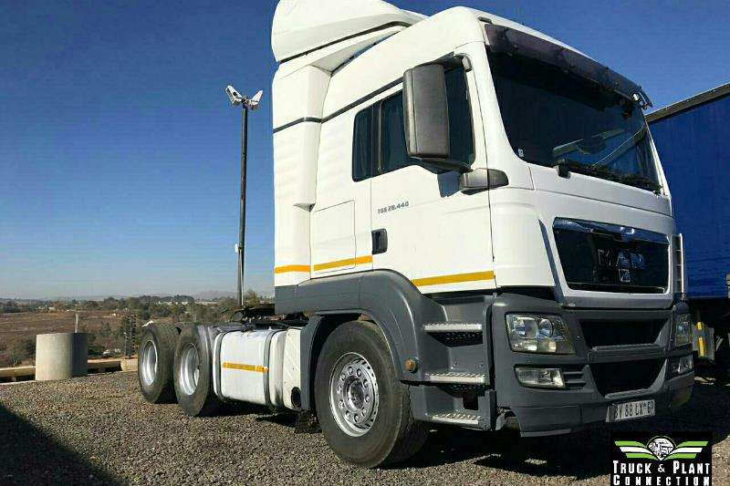 MAN Truck-Tractor Double axle 2012 MAN TGS 26 440 2012