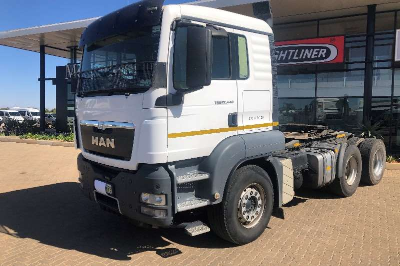 MAN Truck-Tractor Double axle MAN 27 440 2014