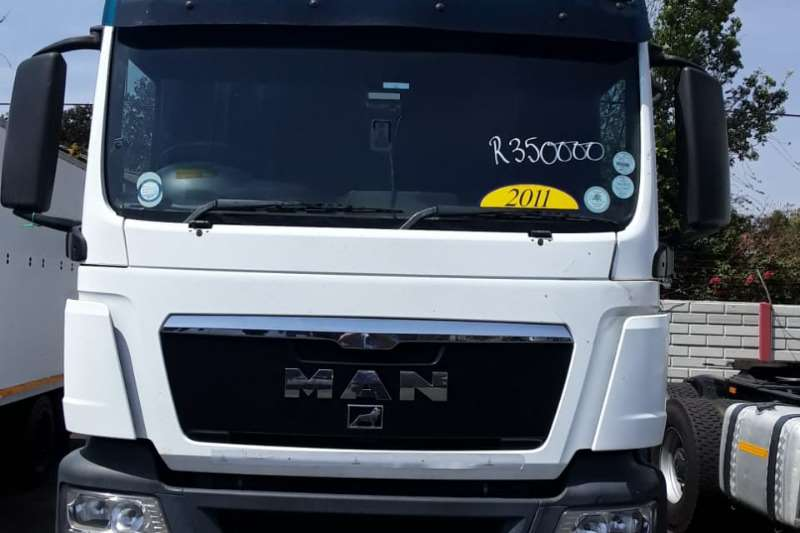 MAN Truck-Tractor Double axle MAN TGS 26.440 (6x4) Truck Tractor 2011
