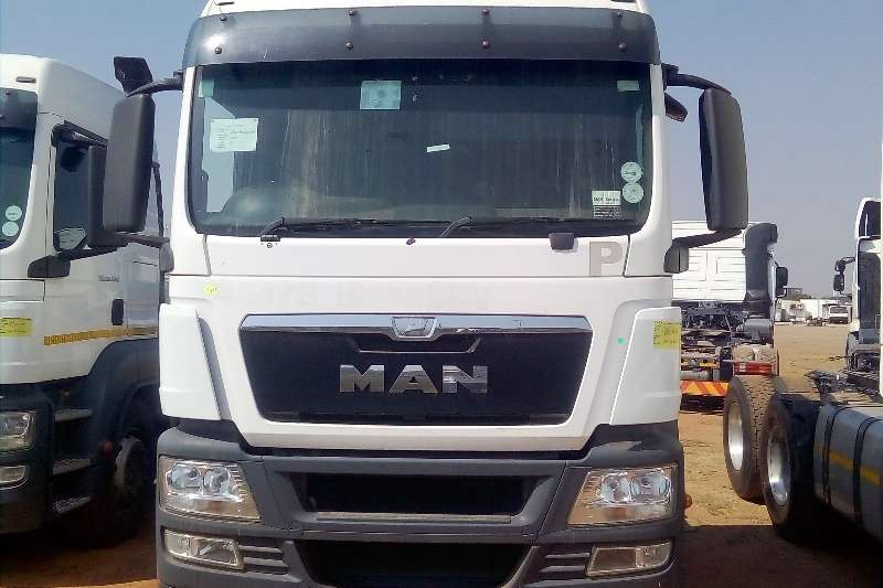 MAN Truck-Tractor Double axle MAN TGS 26.440 HORSE POWER 2013 MODEL 2013