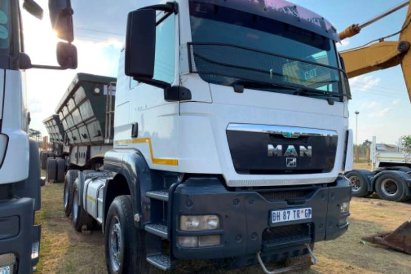 MAN Truck-Tractor Double axle MAN TGS 33.440 2012