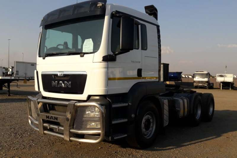 MAN Truck-Tractor Double axle TGS 27.440 6x4 Truck Tractor with Cement Hydrauli 2017