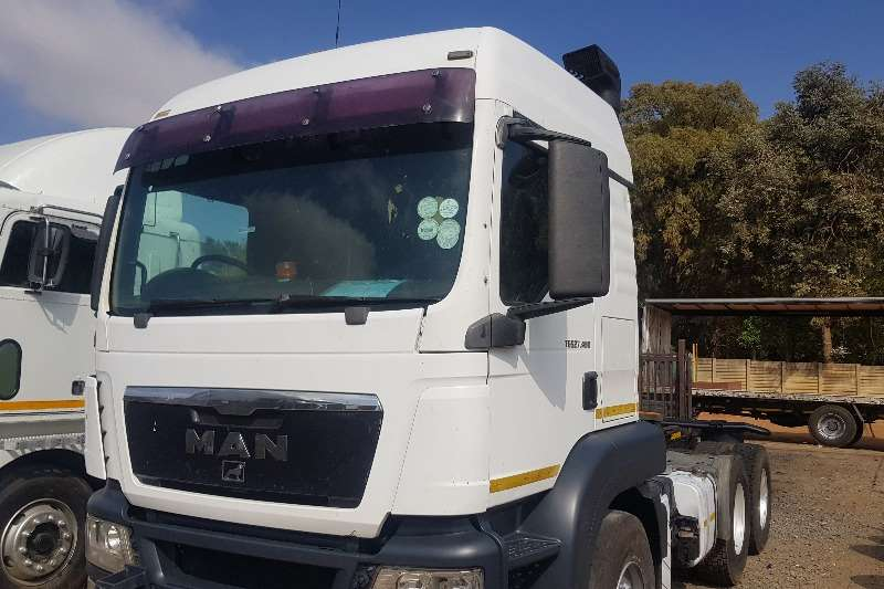 MAN Truck-Tractor Double axle TGS 27 480 2012
