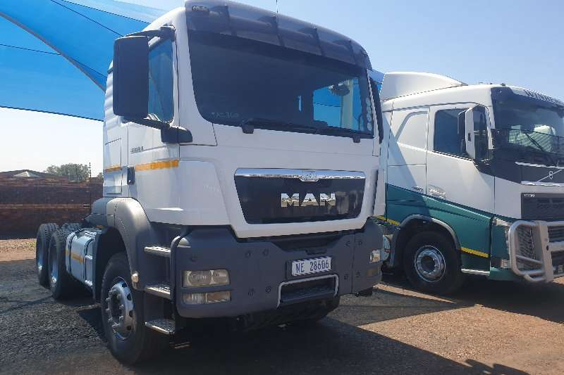 MAN Truck-Tractor Double axle TGS 33.440 2014