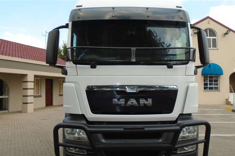 MAN Truck-Tractor Double axle TGS26.480 2014