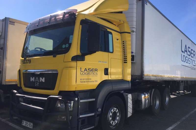 MAN Truck-Tractor Double axle TGS30 414 2011