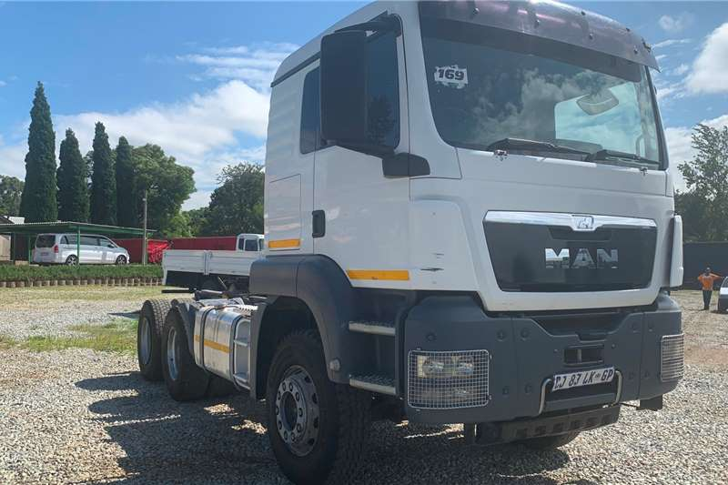 MAN Truck-Tractor MAN TGS 33 440 2013