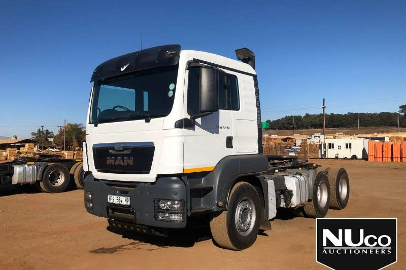 MAN Truck-Tractor MAN TGS27 440 6X4 HORSE