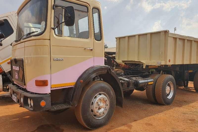 MAN Single axle 19 280 Truck-Tractor