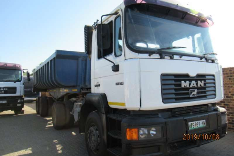 MAN Truck-Tractor Single axle MAN 17 374 with Copelyn 15cm Tipper trailer 2002