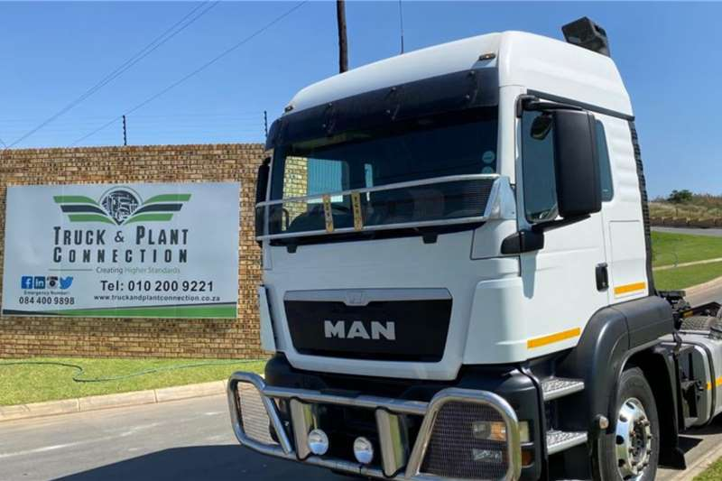 MAN 2014 MAN TGS 26 440 Highrise Cab Truck tractors