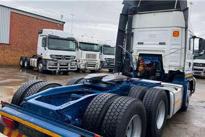 MAN Double axle 26   440 Tgs Truck tractors
