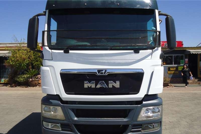 MAN Double axle 27.480 TGS T/T C/C #6527 Truck tractors