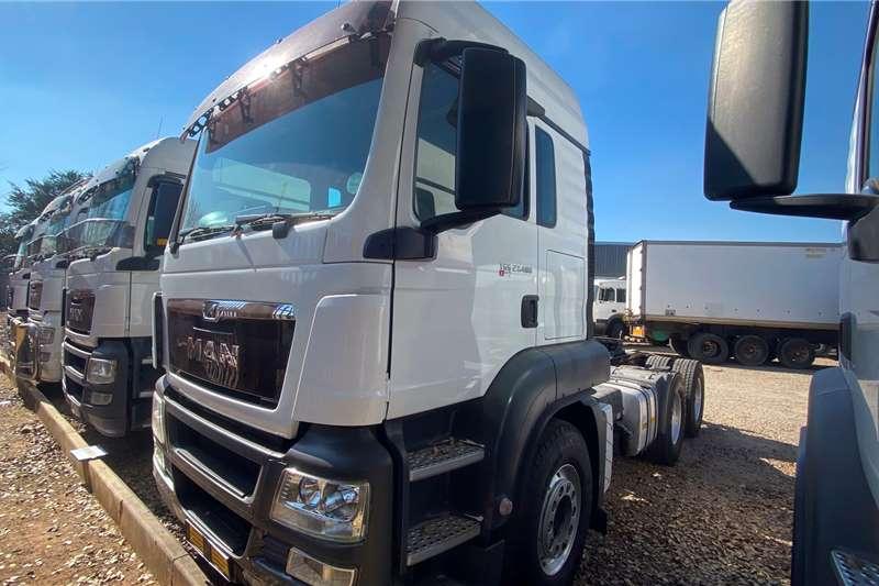 MAN Double axle MAN 27.480 6X4 BBS LX SLEEP T/TC/C Truck tractors