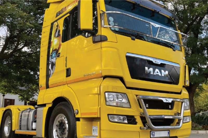 MAN Double axle MAN TGX 26 540 6x4 Truck Tractor Truck tractors