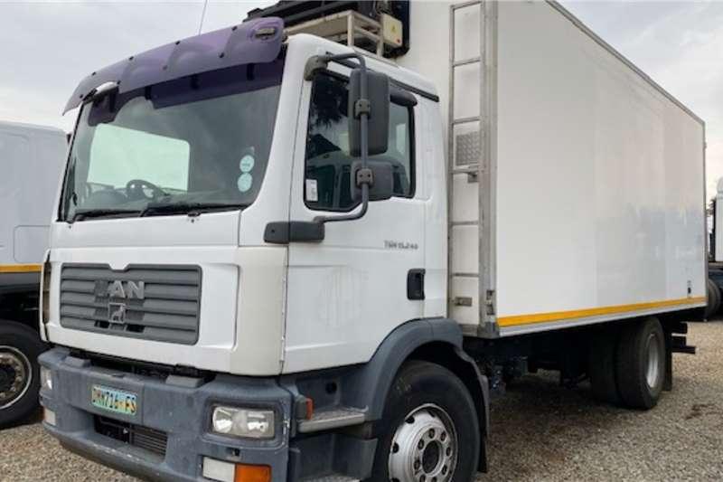 MAN Single axle TGM 15.240 Refrigerator rigid Truck tractors