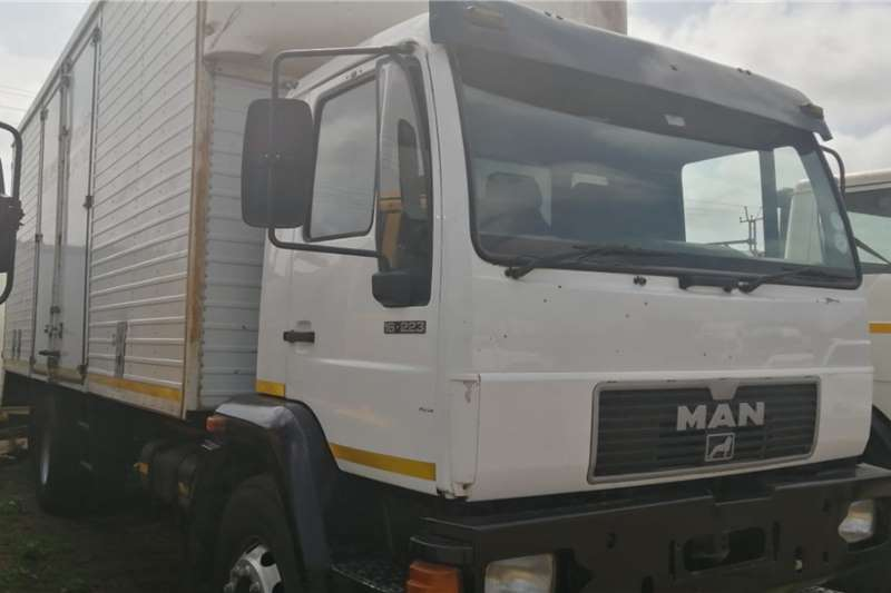 MAN Truck Van body 16 223 1997
