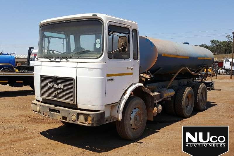 MAN Truck Water tanker MAN 30 280 WATER TANKER