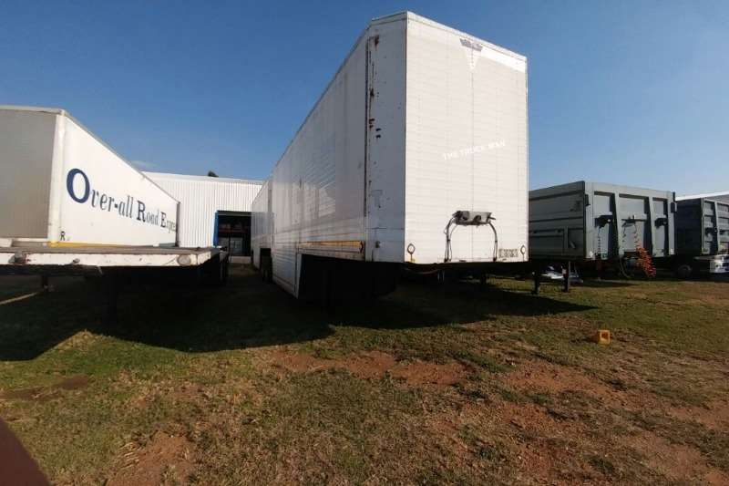 Master Trailers Pantech FURNITURE PANTECH TRAILER 2003