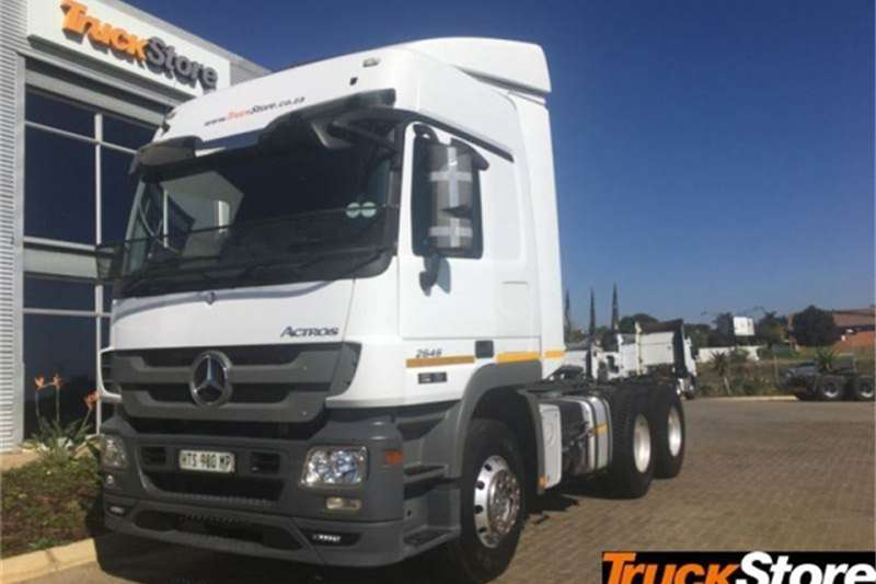 Mercedes Benz Actros Truck-Tractor 2646LS/33 DD LS 2015