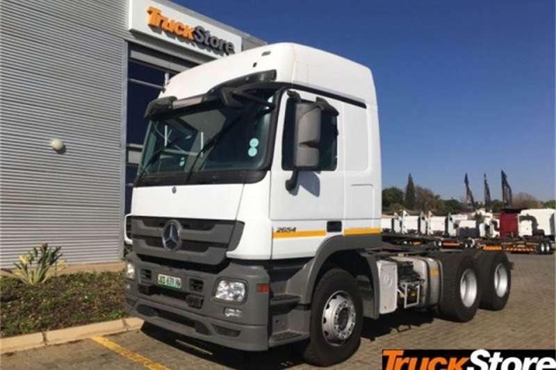Mercedes Benz Actros Truck-Tractor 2654LS/33 LS 2013