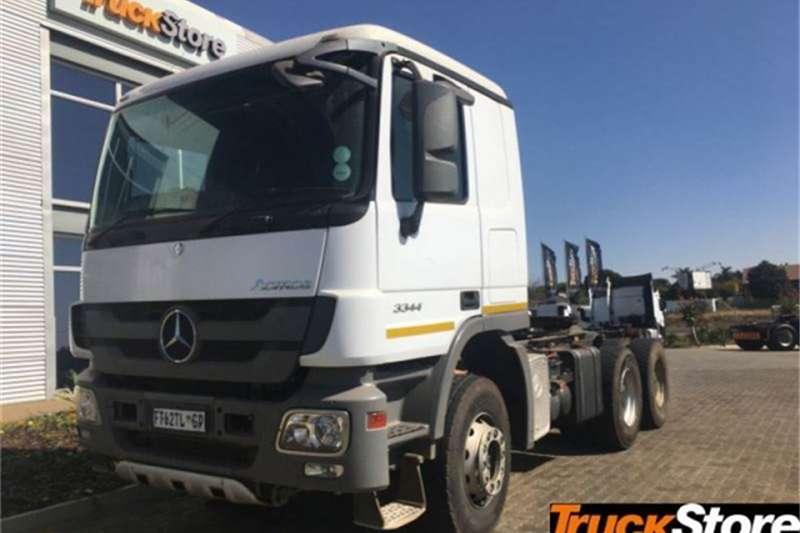 Mercedes Benz Actros Truck-Tractor 3344S/33 S 2016