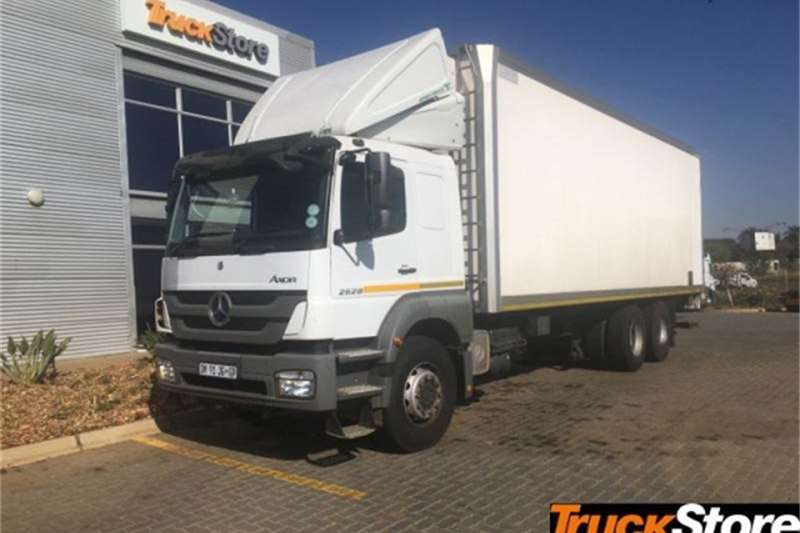 Mercedes Benz Axor Truck Neu 2628L/57 FRIDGE UN 2015