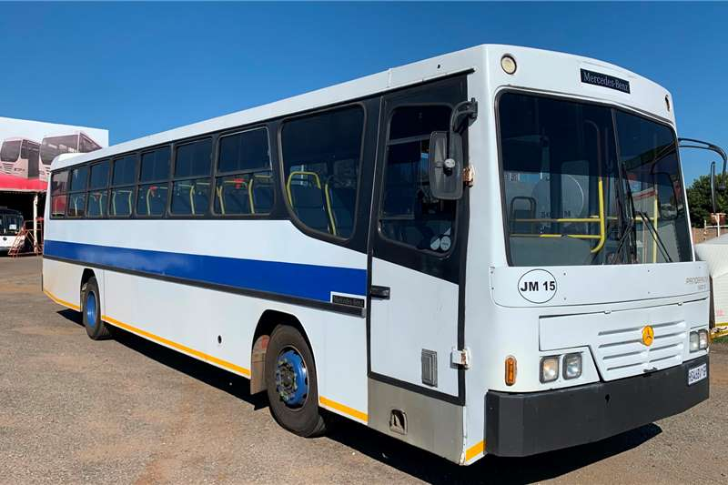 Mercedes Benz Buses 65 seater MERCEDES BENZ 1725 BUSAF PANORAMA 900S (65 SEATER) 2008