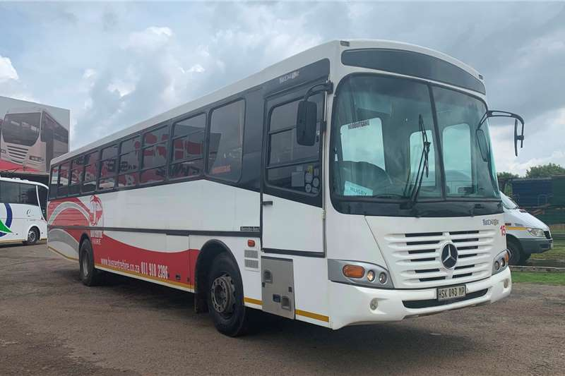 Mercedes Benz Buses 65 seater MERCEDES BENZ 1730 BUSCO PREDATOR (65 SEATER) 2009