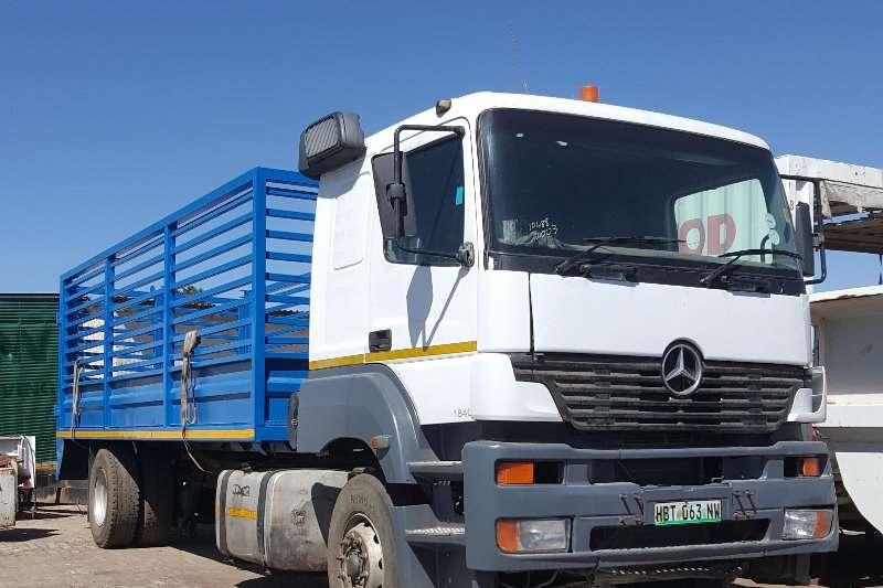 Mercedes Benz Cattle body trucks Axor 1840 2003