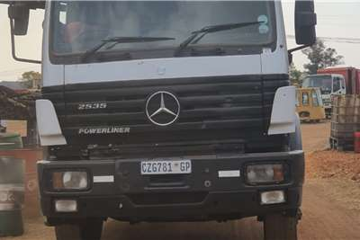 Mercedes Benz Merc 2535 Chassis cab trucks