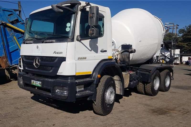Mercedes Benz 2628 Concrete mixer trucks