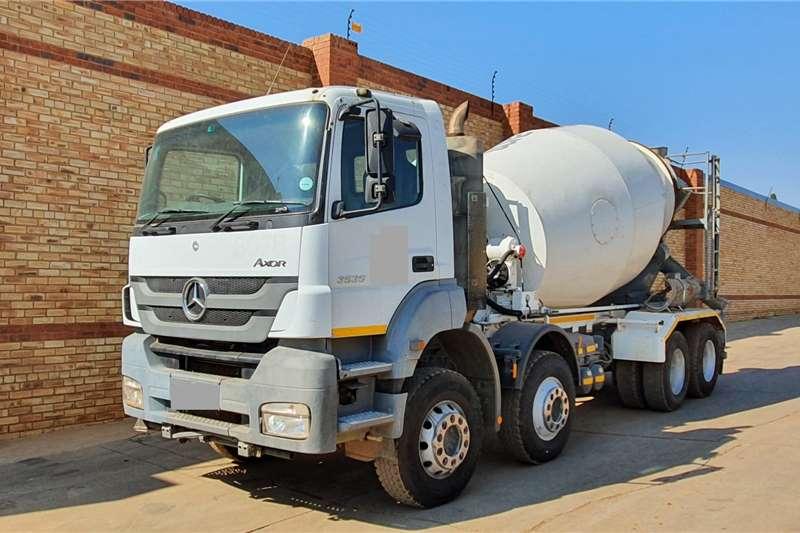 Mercedes Benz Concrete mixer trucks AXOR 3535,8x4 WITH 9 CUBE CONCRETE MIXER EQUIPMENT 2012