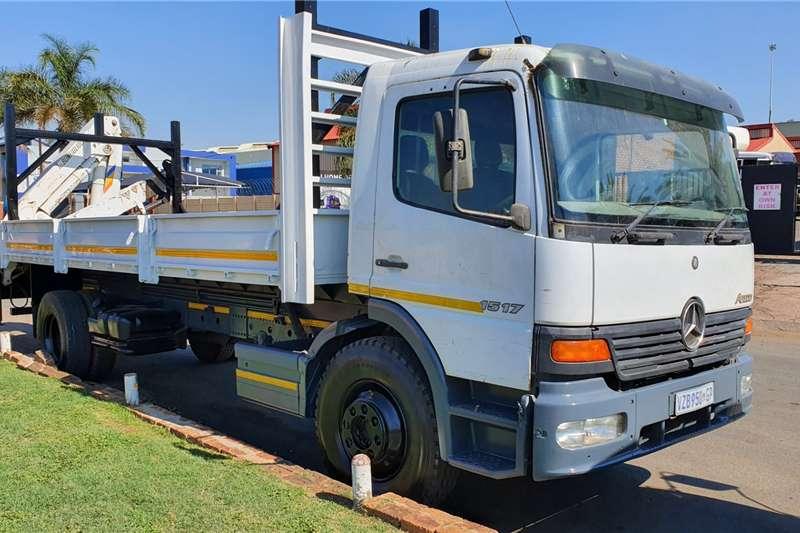 Mercedes Benz Crane Trucks 1517 2001