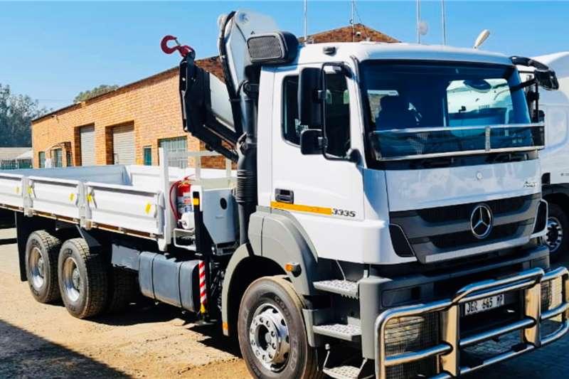 Mercedes Benz Axor 3335 Crane trucks